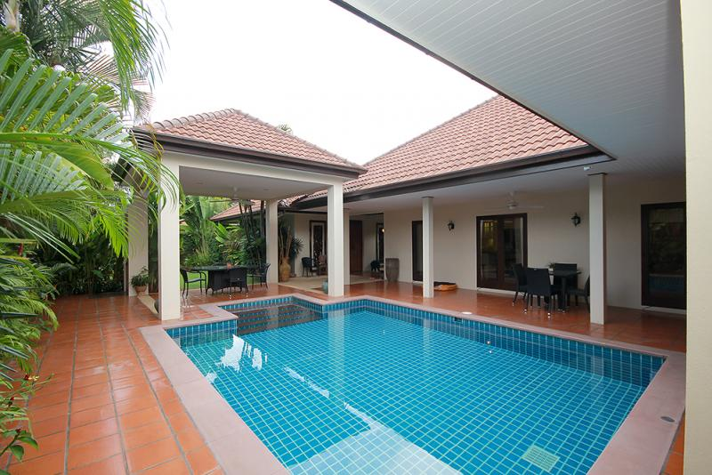 Bali And Thai Style