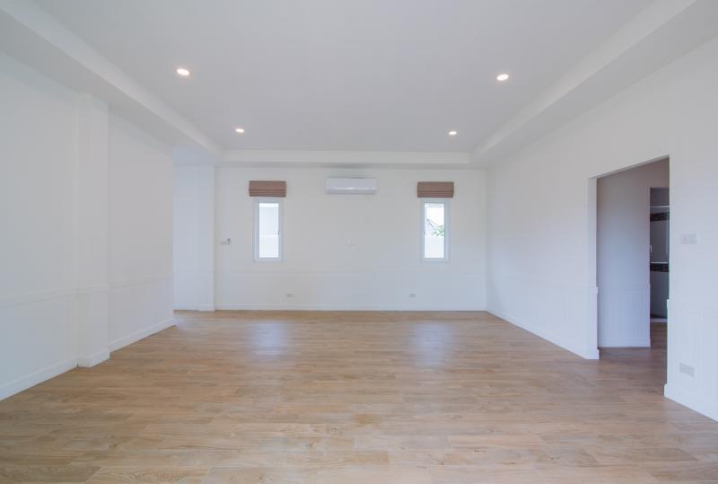 Cheap villa sale in Hua Hin