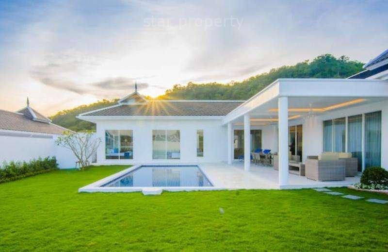 Falcon Hill house