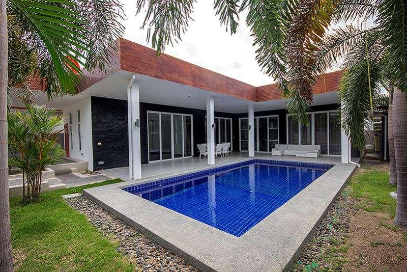 Greenscape villa for sale