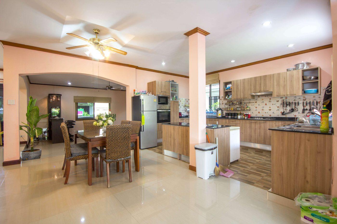 Laguna Villa for sale in Hua Hin Soi 102