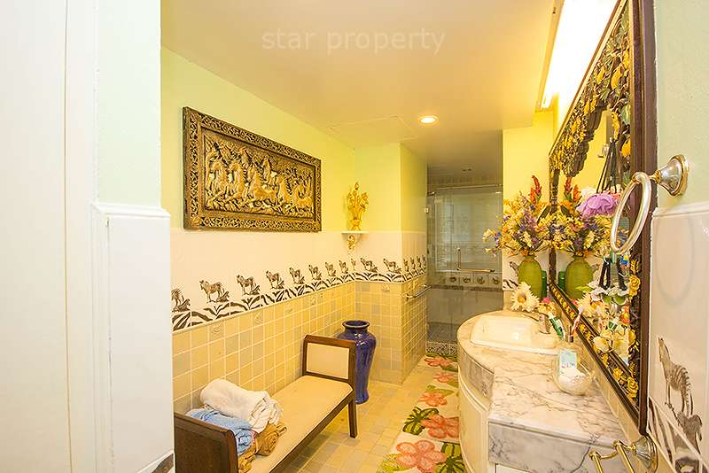 large space 3 bedroom condo for rent