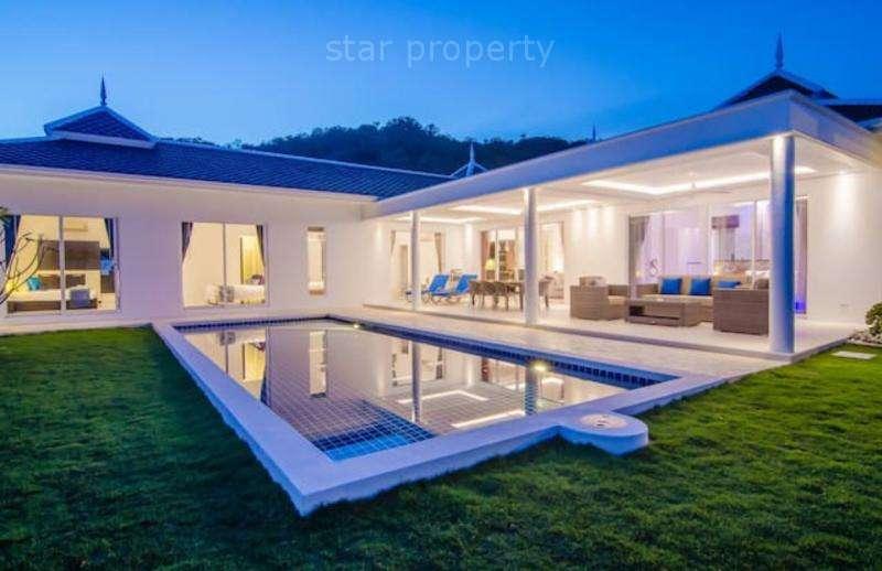 L shape villa with swimming pool