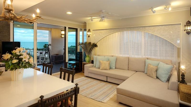 Oriental style condo interior