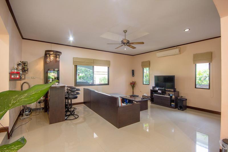 Thailand villa sale