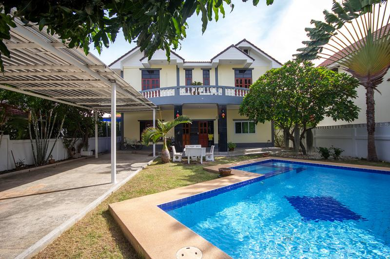 Great Priced Pool Villa for sale at Tropical Hills 2