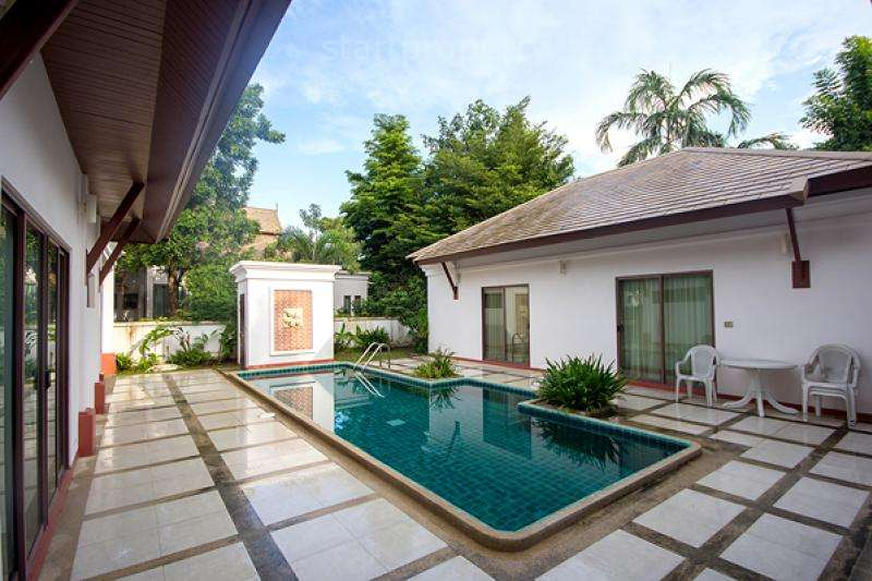 Modern Thai Style Villa for sale at La Vallee, Soi 70