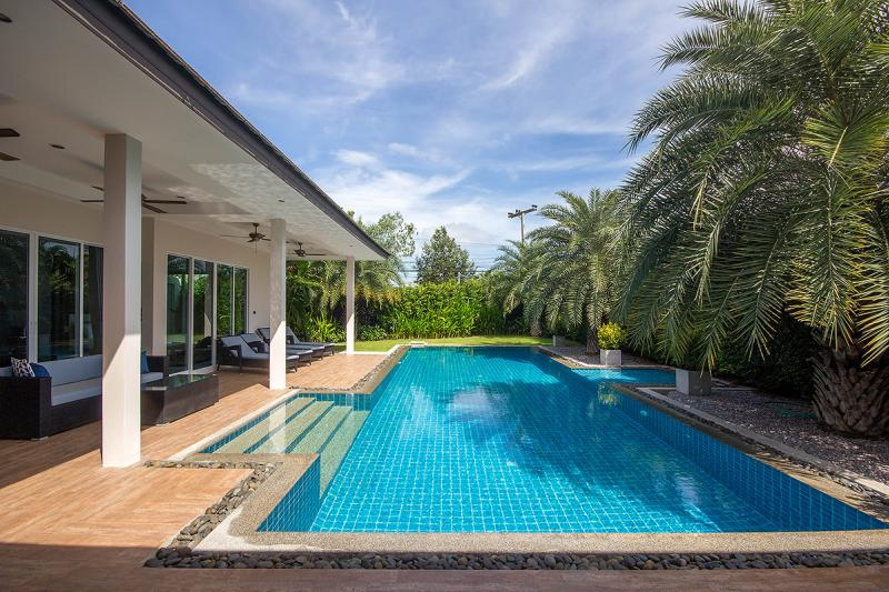 Pool villa for rent in Hua Hin
