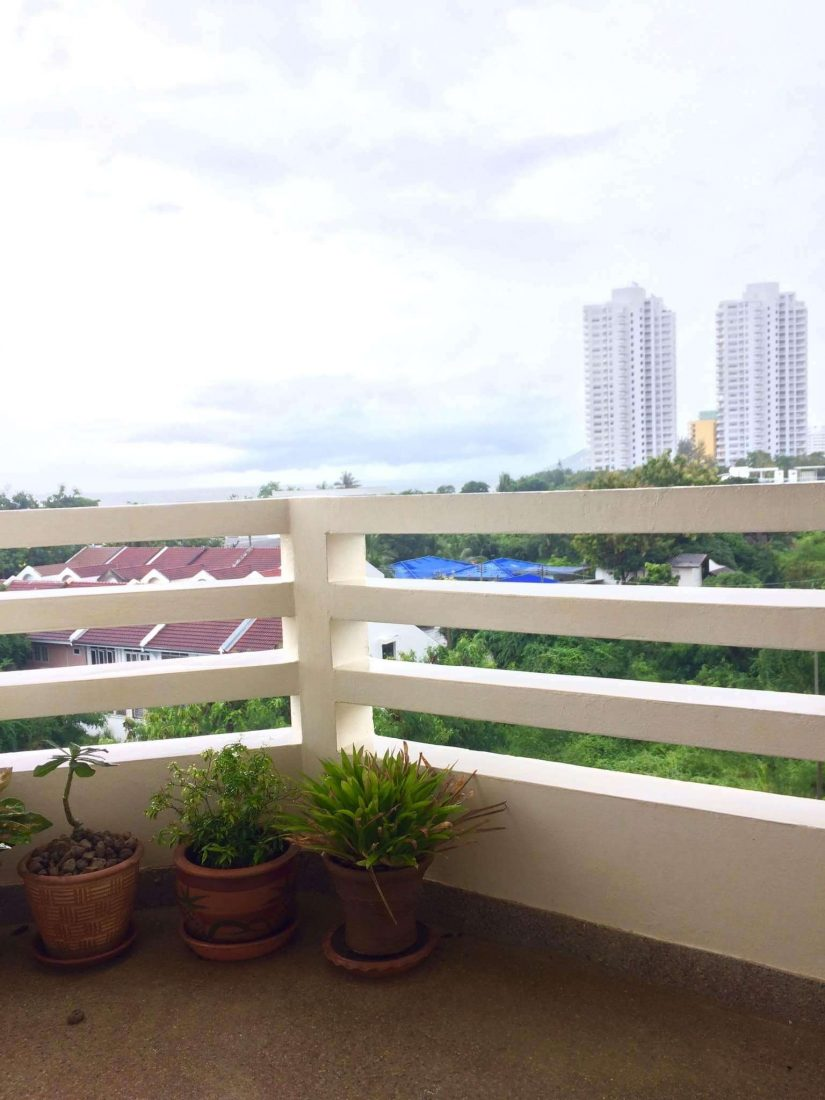 balcony ocean view condo rent