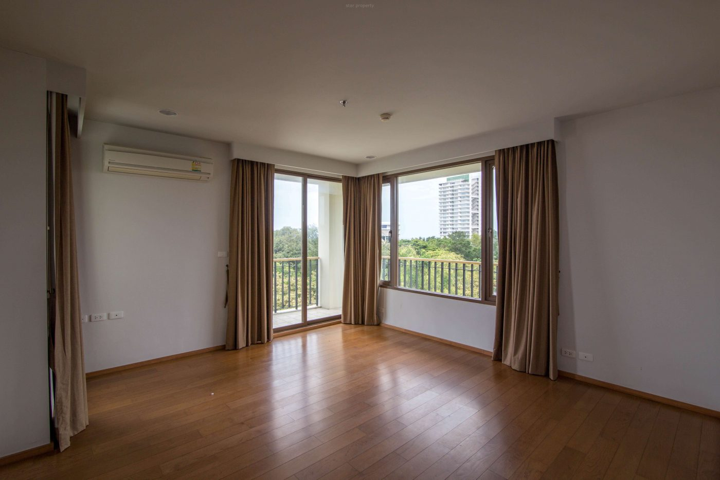 khao takib beachfront large 3 bedroom condo