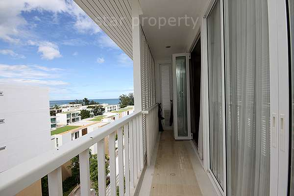 2 bedroom for rent with sea view balcony