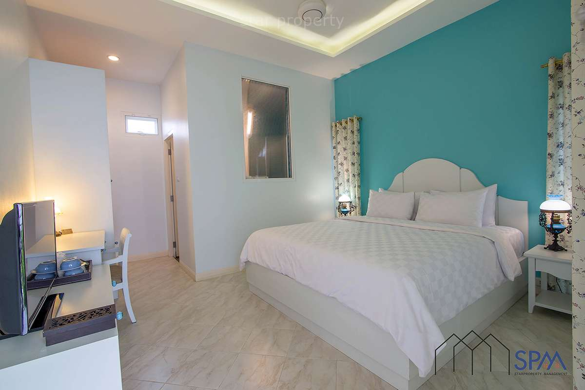 resort with 12 rooms good price Hua Hin for sale