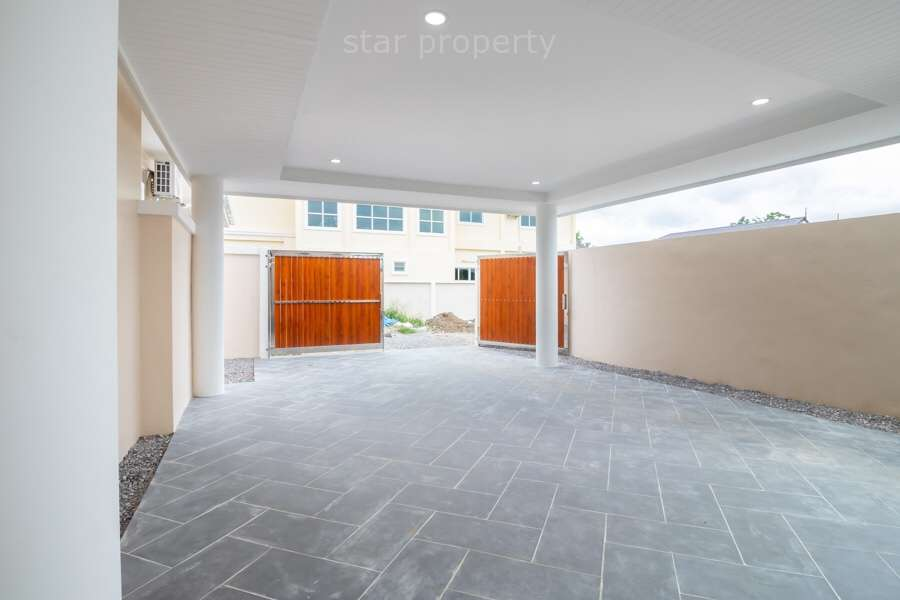 modern 3 bedroom house with swimming pool