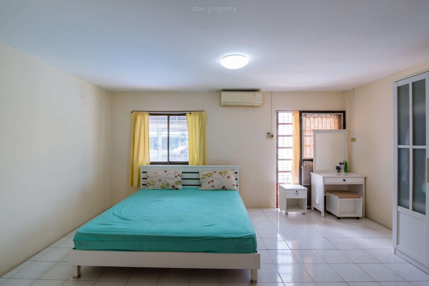 2 bedroom townhouse fully furnished for rent
