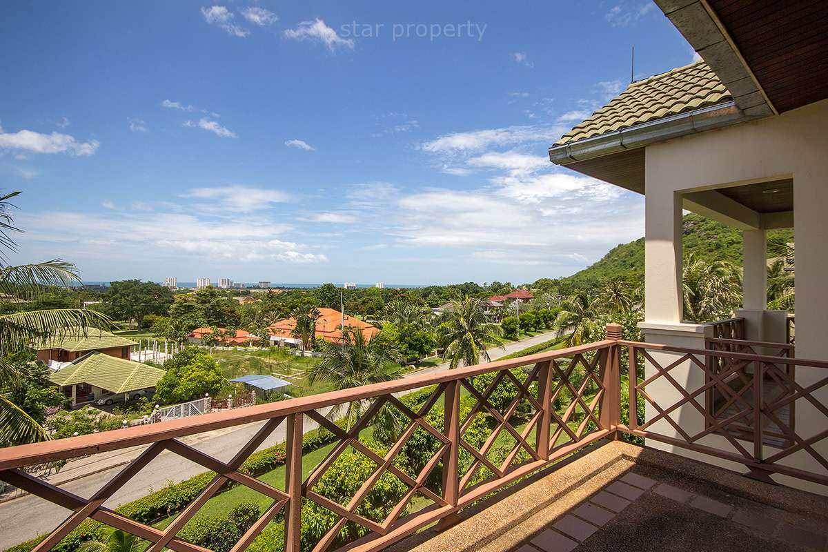 Sea View Condo Near Golf Course at Palm Hill Golf
