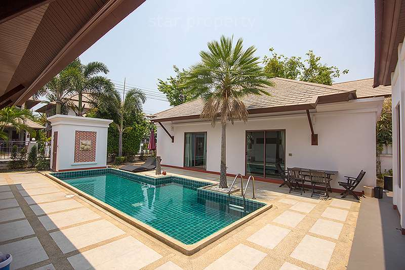 Large house for rent in center hua hin