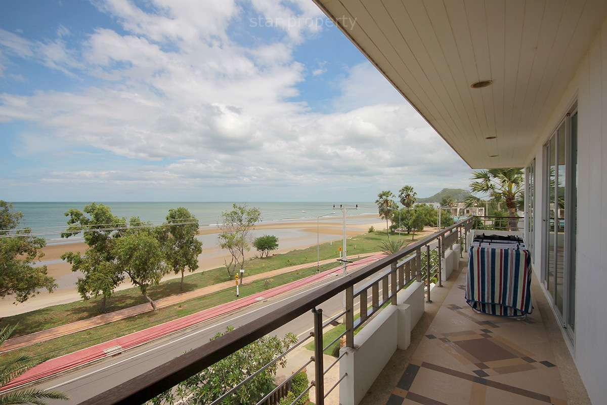 Sea View 3 Bedroom Condo at KM Beach Condo