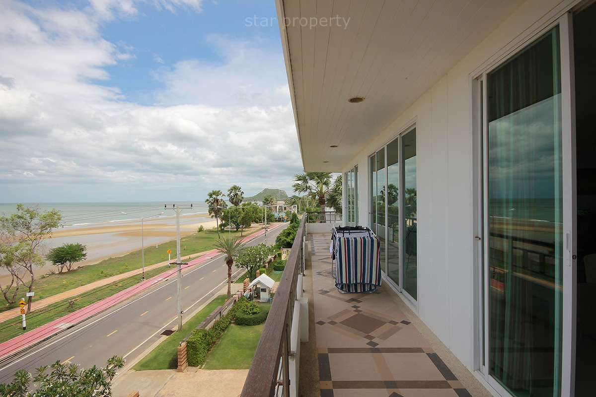 beach front 3 bedroom large condo for sale