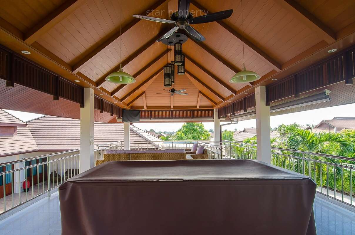 Pool Table in nice house