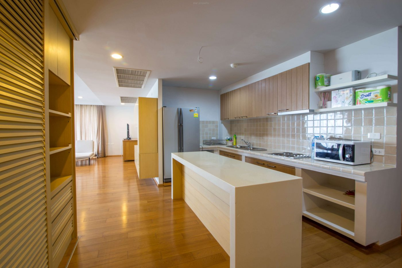 condo with 3 bedrooms for sale near beach