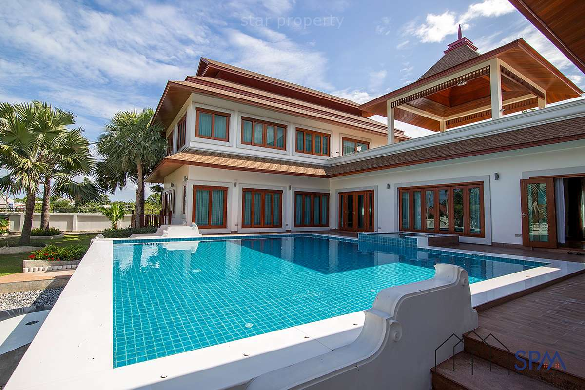 Bali Style 5 Bedroom Pool Villa at Hua Hin Soi 6