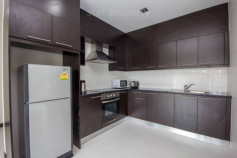 villa for rent with European kitchen