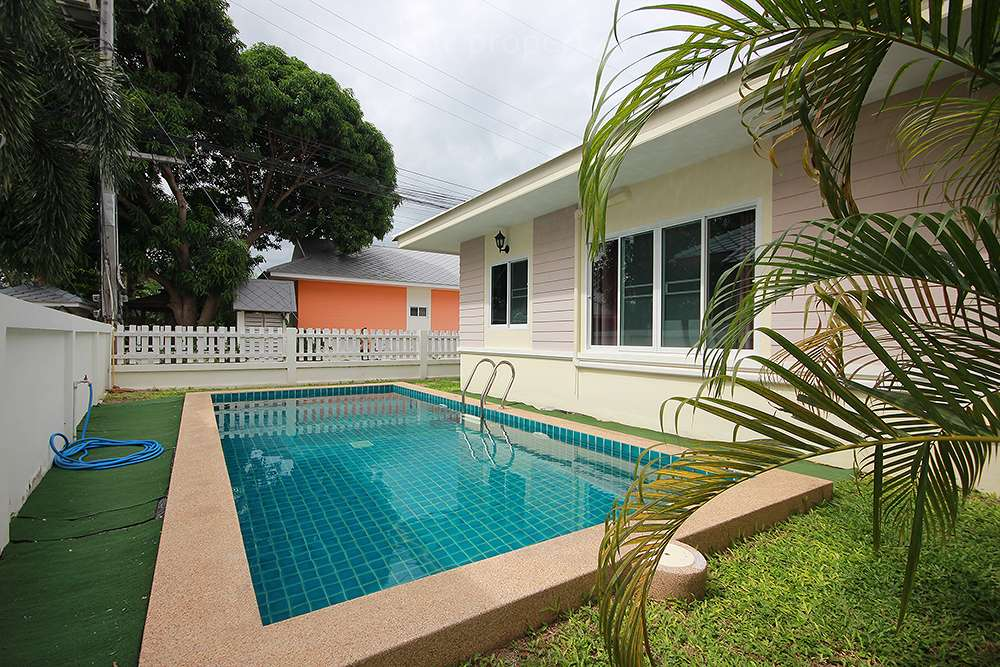 Soi 6 Pool Villa for Rent at Baan Plummeria