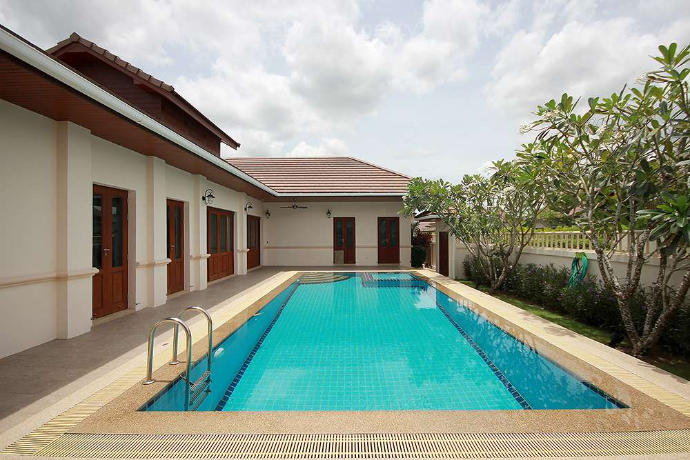 Soi 88 4 Bed Pool Villa for Rent at Hillside Hamlet