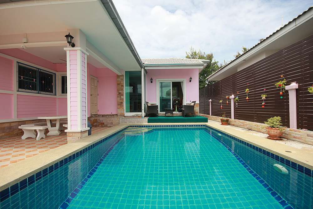Cozy Pool Villa for Rent at Hua Hin Soi 6