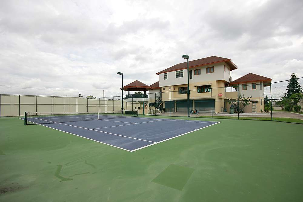 Tennis court Large villa for rent Hua Hin