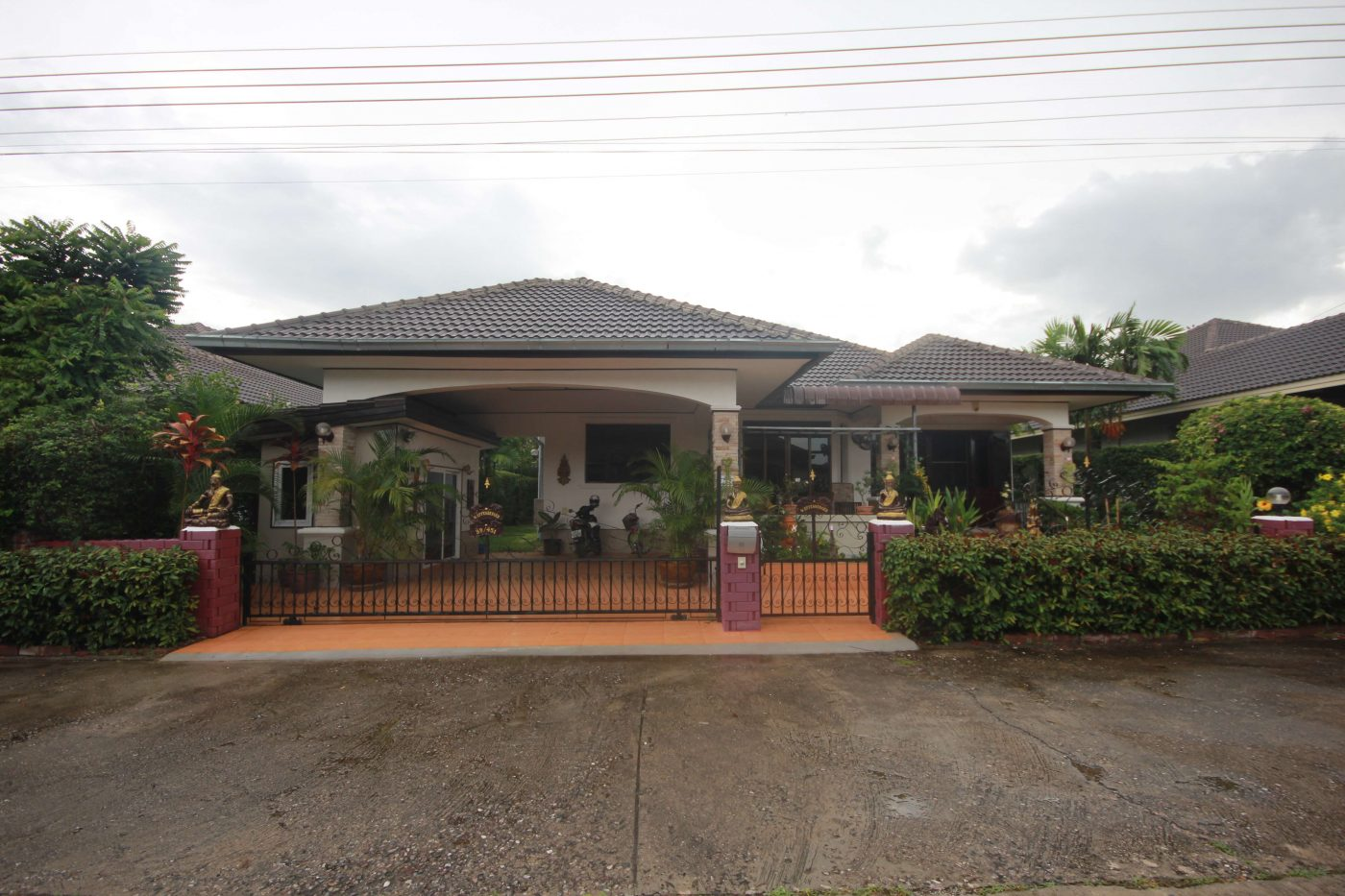 Fully Furnished 3 Bedroom Villa at Laguna