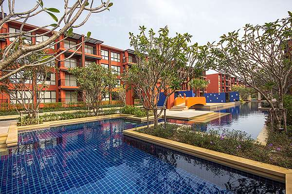 Studio unit condo with swimming pool