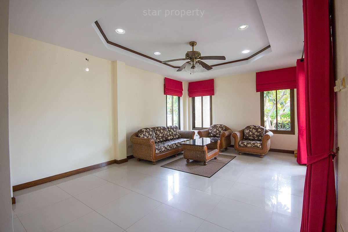 rent large house with pool in hua hin