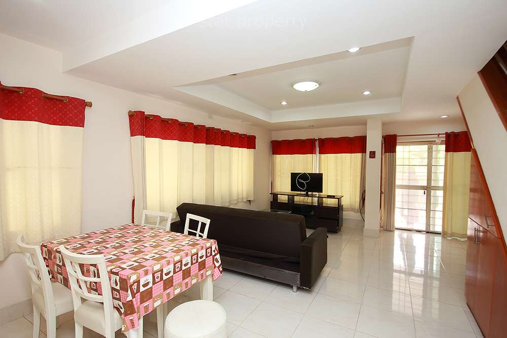 modern furniture town house for rent