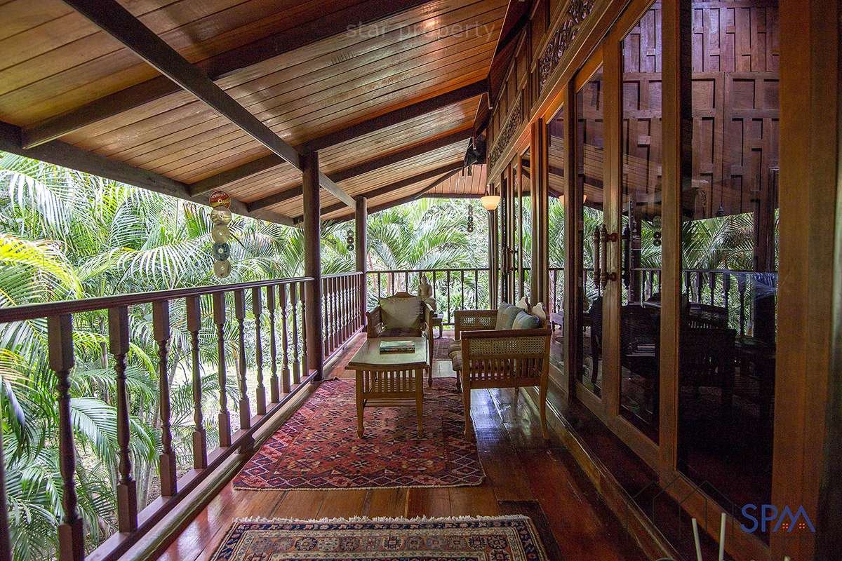 beautiful Thai style wooden house for sale hua hin