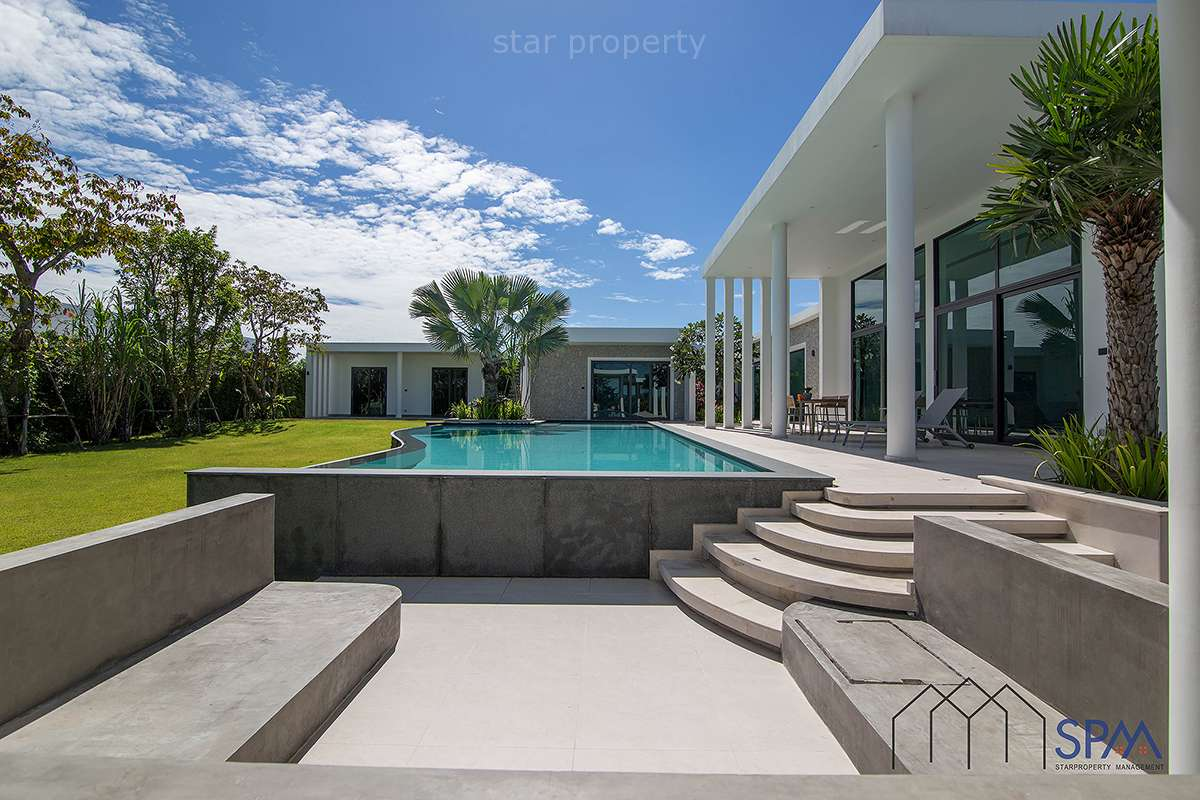 Modern 6 Bedroom Pool Villa for Sale at Hua Hin Soi 70