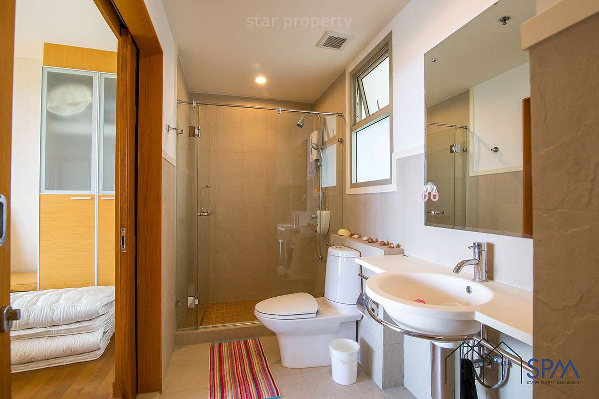 beachfront condo Boathouse Hua Hin