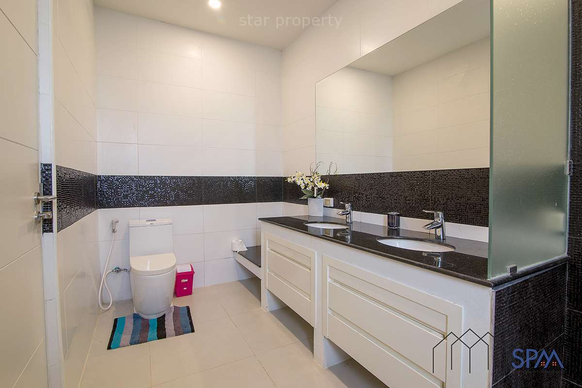 Near golf hua hin villa for rent with pool