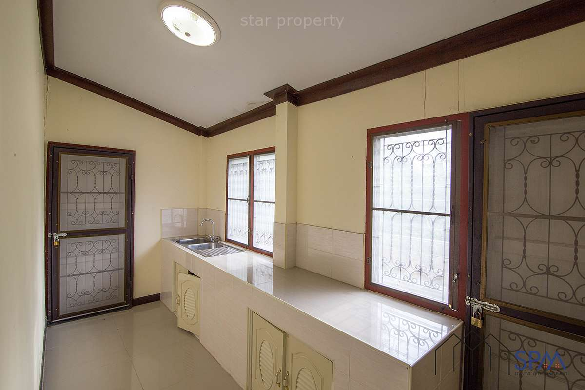 Hua Hin 3 bedroom townhouse good price for sale