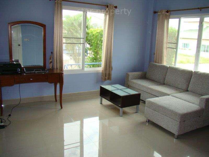hua hin near makro villa for sale