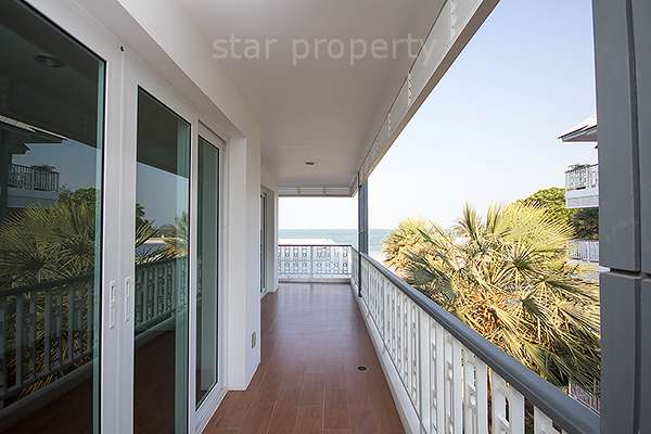 Beautiful Condominium with Sea View for Sale at Boat House