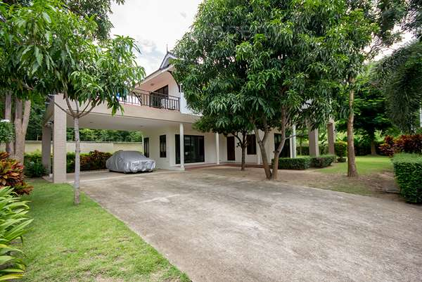 Luxury Family Home for Rent at The Height 1 Hua Hin Soi 70