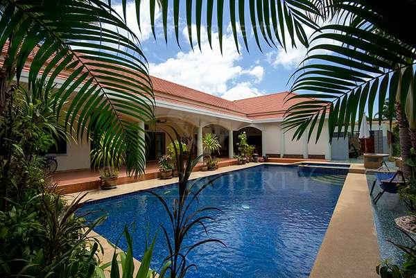 4 bedroom Villa smart house village for sale