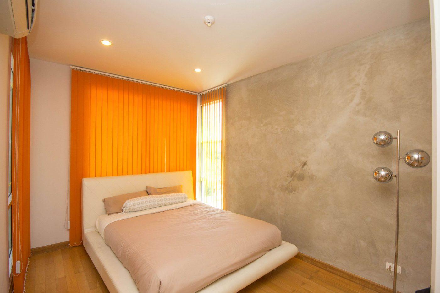 1 bedroom Villa near town for sale