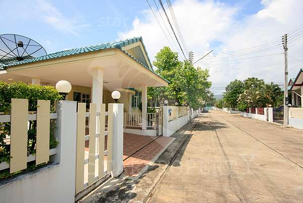 Tropical Hill Villa for rent