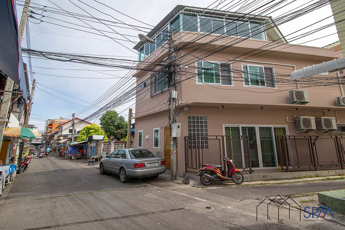 hua hin 3 bedroom townhouse for sale