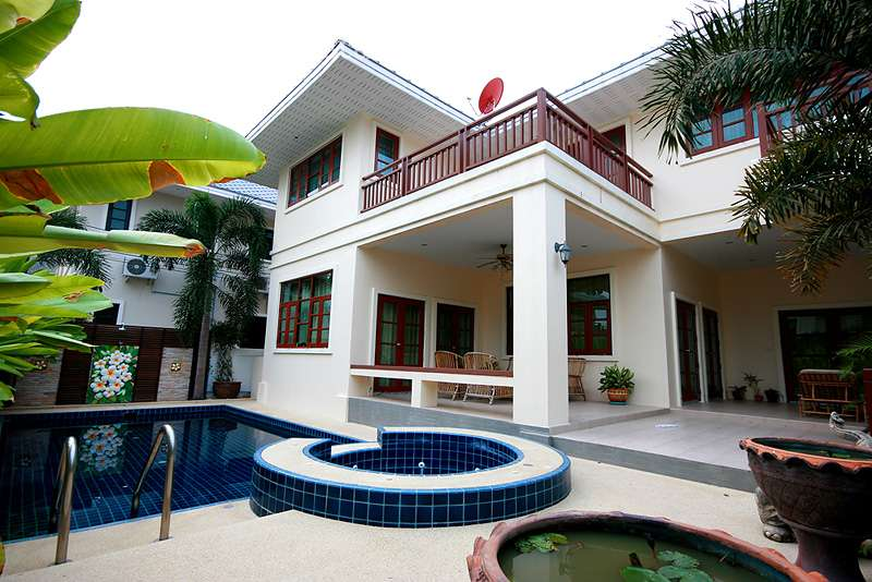 Wonderful Two Storey House for Rent at Grand Hill