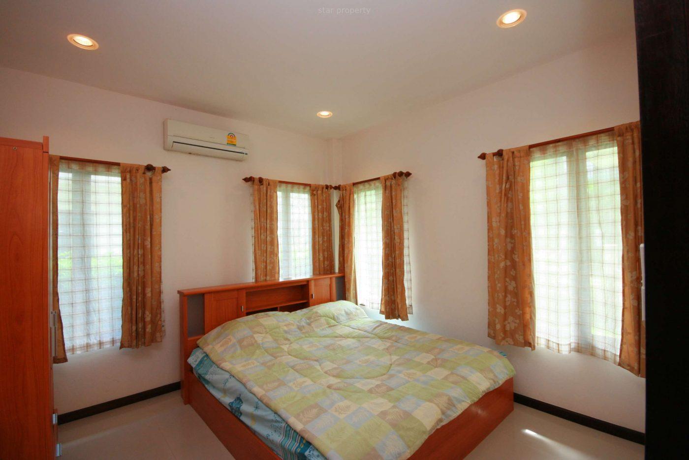 2 bedroom Villa near town for rent