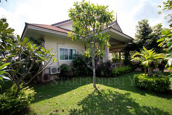 Natural Lake Hill Villa for rent Soi 6 at Natural Lake Hill 132/35