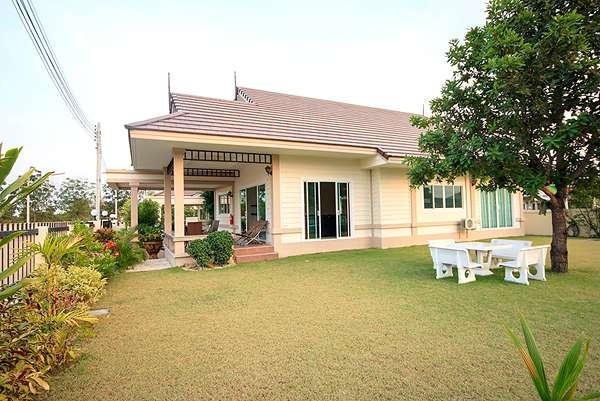 Natural Lake Hill villa for rent at 132/14 Borfai, Hua Hin,